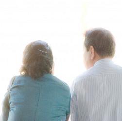 60歳以上の夫婦に聞いた敬老の日に欲しいプレゼントトップ5