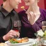 彼女にドッキリ!バレンタインにオシャレなレストランでサプライズ