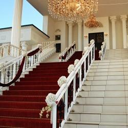 結婚式は人生最大のサプライズイベント!絶対感動ウェディンググッズ