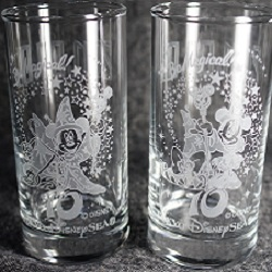 カップル・夫婦の記念日に贈る☆ディズニーペアグラスでサプライズ!